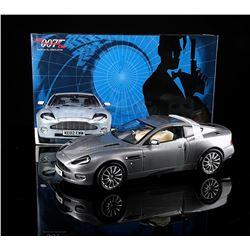 JAMES BOND: DIE ANOTHER DAY - 1:12 Die-Cast Aston Martin Vanquish Model