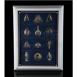 STAR TREK - Insignia Badges & Display Case