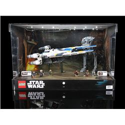 STAR WARS: ROGUE ONE - U-Wing Shop Display