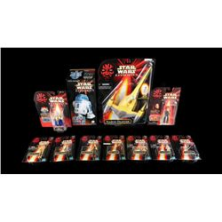 STAR WARS: THE PHANTOM MENACE - Action Figures and Wind Up Tin Toy