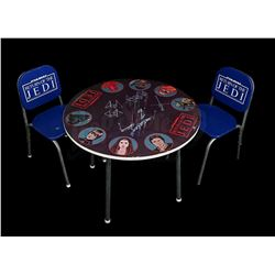 STAR WARS: RETURN OF THE JEDI - Child's Table and Chair Set