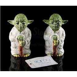 STAR WARS TOYS - Yoda Salt and Pepper Set