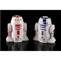 STAR WARS TOYS - R2-D2 and R5-D4 Salt and Pepper Set
