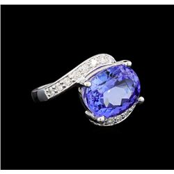 14KT White Gold 5.13 ctw Tanzanite and Diamond Ring