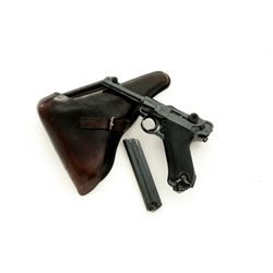 Late WWII Black Widow Luger, with holster