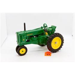 John Deere 70 toy tractor 1:16