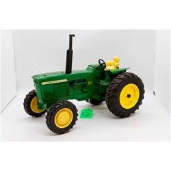 John Deere 4320 diesel toy tractor 1:16