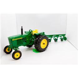 John Deere 3020 w/ 4 bottom plow 1:16