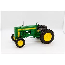 John Deere 320 toy tractor 1:16