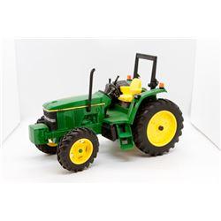 John Deere 6310 toy tractor 1:16