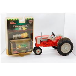Ford 901 tractor 1:16 and John Deere 1968 Ford Mustang 1:64