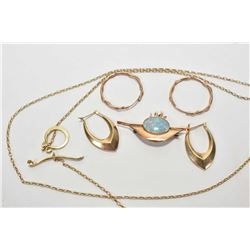 Selection of gold jewellery including gold lariat style necklace marked 950, two pairs of yellow gol