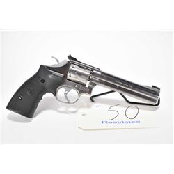 Restricted handgun Smith & Wesson model 617, .22 LR 6 shot double action revolver, w/ bbl length 152