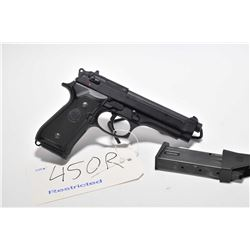 Restricted handgun Beretta model 92FS, 9mm 10 shot semi automatic, w/ bbl length 125mm [Parkerized s