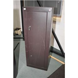 Single door, double lock Canadian made gun safe. Not available for shipping. Local pickup only