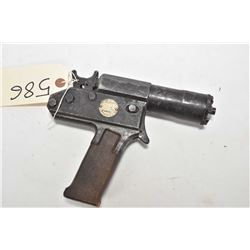 """Accles & Shelvoke """"Cash X"""" Captive Bolt Stunning pistol. Serial number X49031. A device used to stun"""