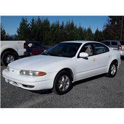 N4 --  1999 OLDSMOBILE ALERO GL  , White , 90432  KM's