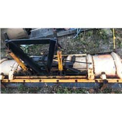 MEYER 8' TRUCK MOUNT SNOW PLOW