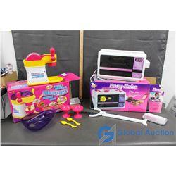 Micro Lite Ice Cream Maker & Easy Bake Oven Snack Center