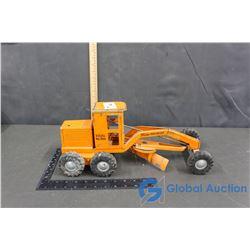 Tonka #600 Orange Road Grader w/ Solid Rubber Wheels