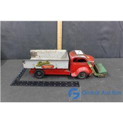 Lincoln Dump Truck w/ Front Scoop