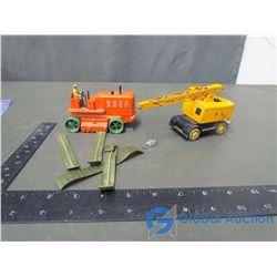 Dinky Mobil Crane & Dinky Heavy Tractor