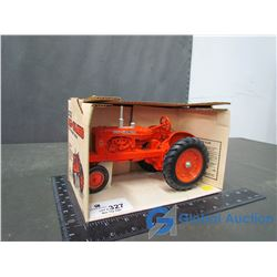Allice Chalmers WD-45 Die Cast Model Tractor 1:16 Scale