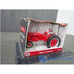 IH McCormick Farmall Super C Row Crop Die Cast Tractor 1:16 Scale