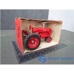 Farmall 1986 Edition 1:16 Scale Die Cast Collector Model