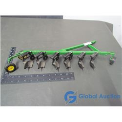 John Deere 6 Bottom Plow 1:16 Scale (Metal & Plastic)