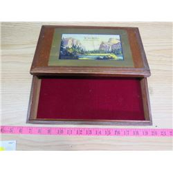 PRUNE WOODEN BOX