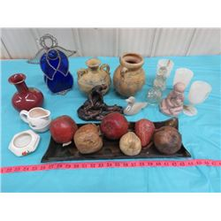 LOT OF ASSORTED HOME DECORATION ITEMS