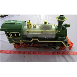 BATTERY OPERATED LOCOMOTIVE (ECHO-MADE IN CHINA) * D51101*