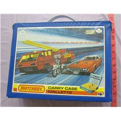 MATCH BOX COLLECTOR CAR CARRY CASE (HAS SOME TOY CARS)