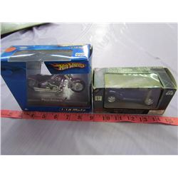 2 COLLECTOR MODELS (HOTWHEELS PSYCHOLOCO MOTORCYCLE, 2001 PT CRUISER)
