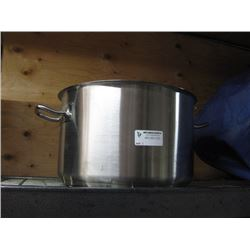 NEW 113622 STAINLESS STEEL POT