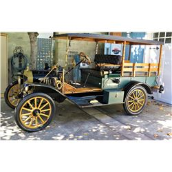 Vintage 1916  Ford Model T Car - Starts & Runs, Needs Replacement Oil Filter (to be installed 2 wks)
