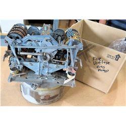 Vintage Veeder Root Gas Pump 669349 w/ Mechanical Calculator