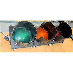 Red, Yellow, Green Traffic Lights w/ Brackets