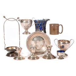 A collection of silver plate.