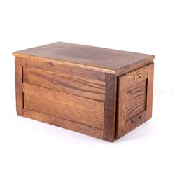 Mid 1900s Quarter Sawn Oak File Cabinet