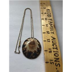 SHELL NECKLACE WITH SILVER CHAIN