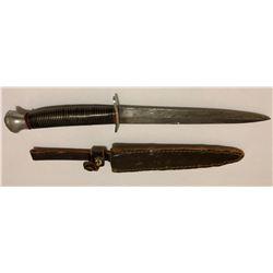 "WW II ERA FIGHTING KNIFE, 6.5"" BLADE W / LEATHER SHEATH"