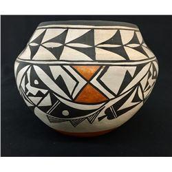 Handmade, 1950s Acoma Pot