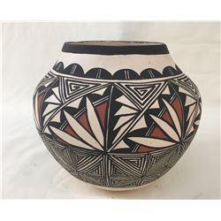 Acoma Pot - Alvin Lewis