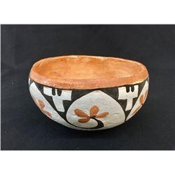 1940s, Old Acoma Pot