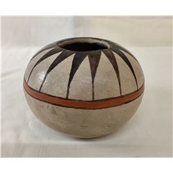Vintage Tohono O'Odham Pot