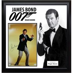 James Bond 007 Roger Moore Signed Photo