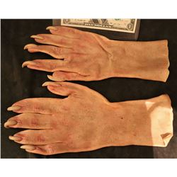 X-MEN SABRETOOTH SCREEN USED STUNT STAGE 2 SILICONE GLOVES WITH CLAWS 1
