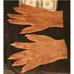 X-MEN SABRETOOTH SCREEN USED STUNT STAGE 2 SILICONE GLOVES WITH CLAWS 3